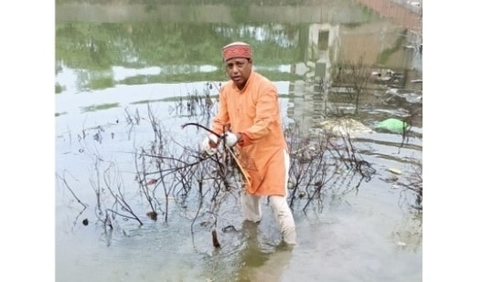 Dr Ashok Sonkar