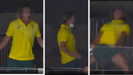Tokyo 2020: Australia's swimming coach apologises for mask-tearing antics(Twitter)