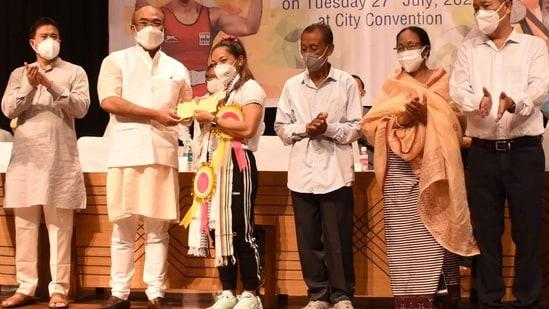 Mirabai Chanu felicitated in Manipur. (DIPR Manipur)