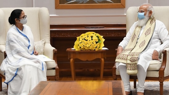 West Bengal chief minister Mamata Banerjee and Prime Minister Narendra Modi. (Twitter/ @PMOIndia)