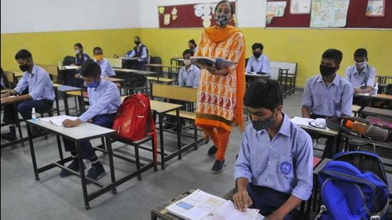 Schools have to be prepared for three scenarios — a strict lockdown; partial movement; and when all restrictions are lifted. The response of schools to these realities has to be localised (Keshav Singh/Hindustan Times)