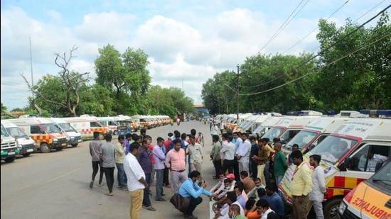 Agitating ambulance drivers in Prayagraj. (FILE PHOTO)