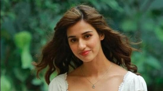 Disha Patani, who recently starred in Bollywood movie 'Radhe' purchased a 1,118.9-square feet (sq ft) apartment at Rustomjee Paramount on the 16th floor. (HT FILE)