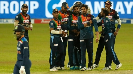 Sri Lanka beat India by 7 wickets to clinch series 2-1