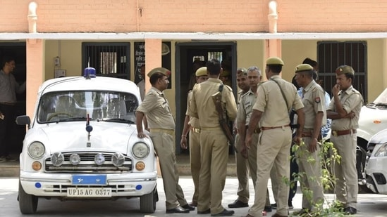 The father of the woman alleged that the man kidnapped his daughter and submitted a police complaint at the Ubhaon police station in this regard.(Virendra Singh Gosain/HT File Photo)