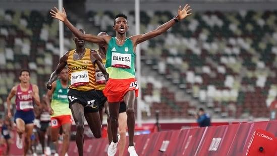 Selemon Barega of Ethiopia celebrates after winning the final(REUTERS)