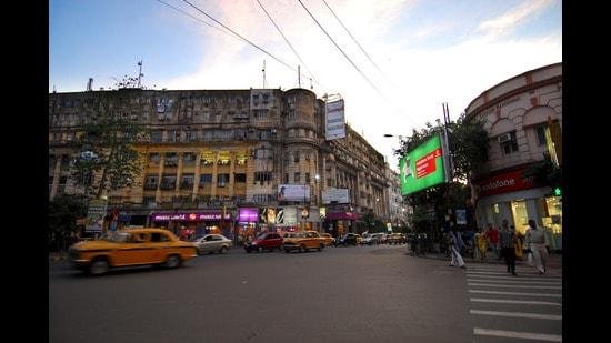 The city's food mile: Park street in Kolkata. (HT Photo)
