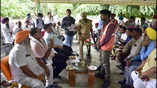 Mayor Balkar Sandhu and councillors during a meeting in Ludhiana on Saturday. (Harsimar Pal Singh/Hindustan Times)