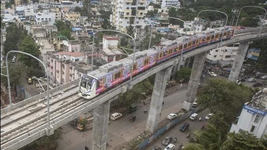 Trail run of the Pune Metro between Vanaz and Ideal colony in Kothrud took place on Friday morning. (Pratham Gokhale/HT Photo)