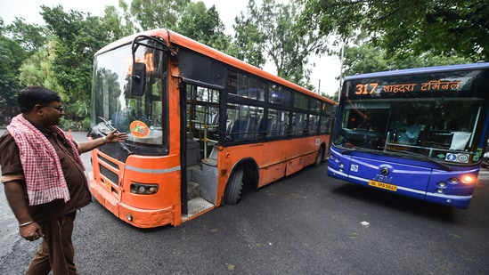 A DTC cluster bus stuck at DDU Marg in New Delhi(PTI Photo)