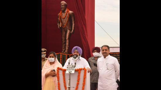CM Capt Amarinder Singh after inaugurating Shaheed Udham Singh Memorial in Sunam on Saturday. (HT Photo)