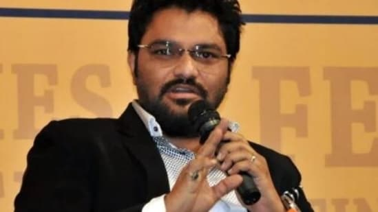 After speculations over his edited posts, Babul Supriyo again clarified that he indeed is not joining any other political parties.