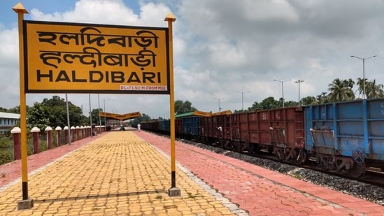 India, Bangladesh resume freight train operation via Haldibari-Chilahati route