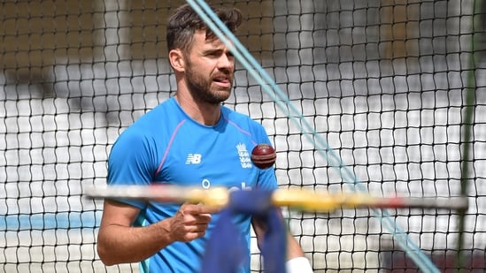 England's James Anderson explained Rishabh Pant's fearlessness by citing Sourav Ganguly's example. (AP)