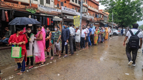 The predicted third wave of Covid is likely to be very different from the 2nd wave in India as vaccination will play a major role in stalling the advent of the wave. (PTI)