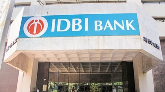 IDBI Bank Recruitment 2021:920 vacancies of the executive on offer, details here
