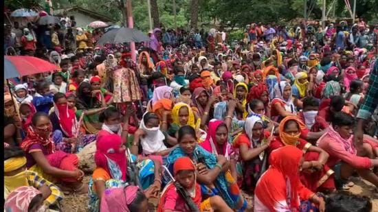 Hundreds of tribals of around a dozen villages of South Sukma are protesting against police since Tuesday. (Sourced)
