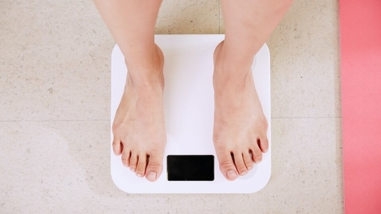 Heart health in obese adults may improve by cutting 200 calories daily and exercising(Unsplash)