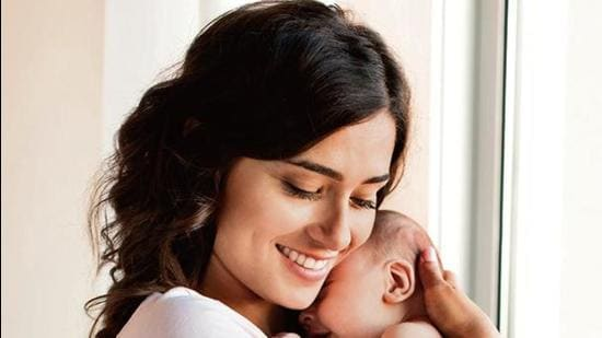 Pumping and storing breast milk to save lives (Pic: Shutterstock)