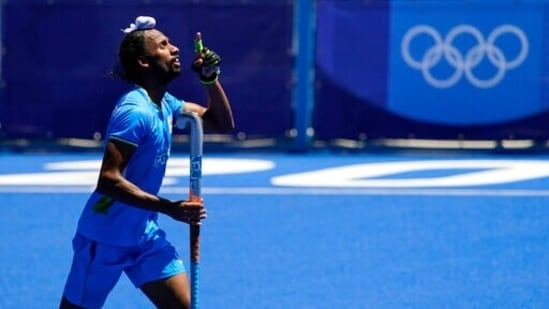 India's Hardik Singh reacts after scoring on Germany during the men's field hockey bronze medal match Tokyo Olympics 2020(AP)