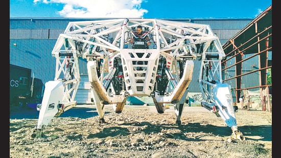 Prosthesis: The Anti-Robot looks like scaffolding but can walk, race and fight. (Furrion)