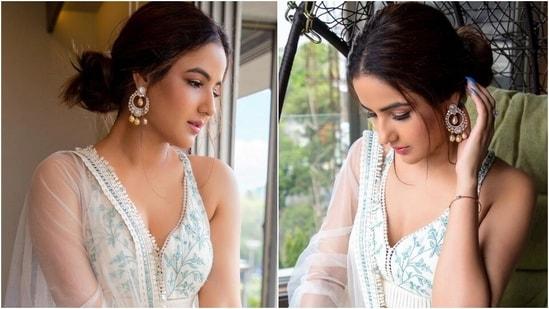Jasmin Bhasin wows Aly Goni in timeless ivory embroidered lehenga set, see pics(Instagram/@jasminbhasin2806)