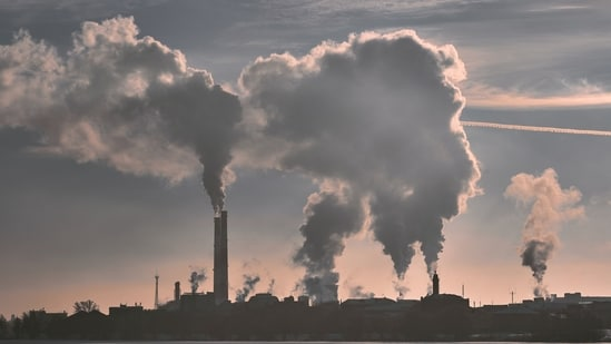 Fine particulate air pollution is associated with a higher risk of dementia, according to the findings of a new study.(Unsplash)