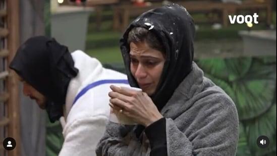 Shamita Shetty cried on Bigg Boss OTT.