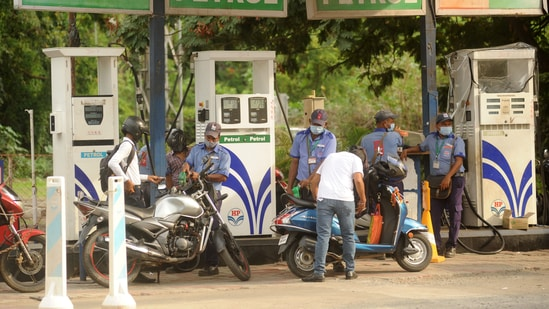 While international oil prices impact pump rates of automobile fuels because India imports more than 80% of the crude oil it processes, steep taxes are the other reason for high rates of petrol and diesel.(HT Photo)