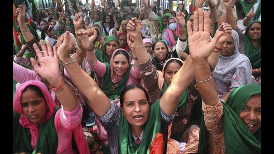 Bharatiya Kisan Union members hold a protest against the central government over agri laws in Patiala district. (PTI)