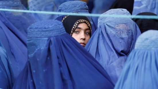 The Taliban, during its earlier regime between 1996 and 2001, had imposed strict Islamic law and prohibited women from studying or working. REUTERS/Parwiz(REUTERS)