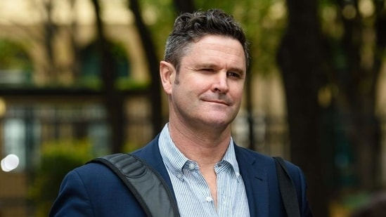 Chris Cairns off life support after surgery, 'able to communicate with  family' | Cricket - Hindustan Times