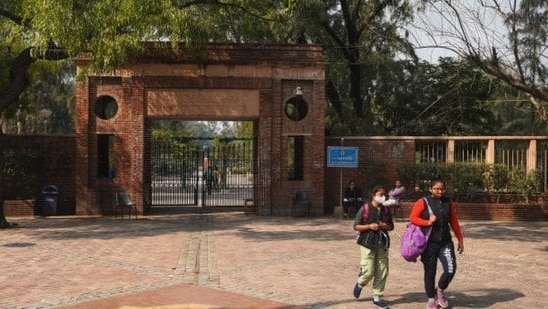 Return of FYUP, credit bank on agenda for DU meet on new education policy