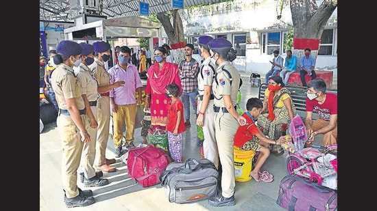 SAKHI, the special women's team of Ludhiana Railway Protection Force, helping passengers at the railway station on Saturday. (Gurpreet Singh/HT)