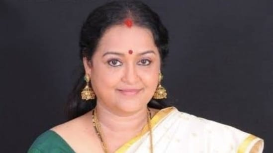 Nallenai Chitra was known for her work in Malayalam and Tamil cinema.