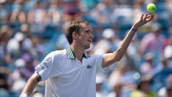 Daniil Medvedev serves the ball during his semifinal match against Andrey Rublev during the Western and Southern Open at the Lindner Family Tennis Center(USA TODAY Sports)