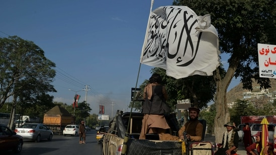 'Hundreds of fighters' heading to resistance stronghold Panjshir Valley: Taliban