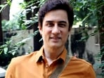 Bollywood actor Faisal Khan spotted at Bandra, in Mumbai. (ANI Photo)
