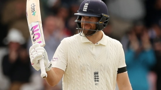 Cricket - Third Test - England v India - Headingley, Leeds, Britain - August 26, 2021 England's Dawid Malan celebrates reaching his half century Action Images via Reuters/Lee Smith(Action Images via Reuters)