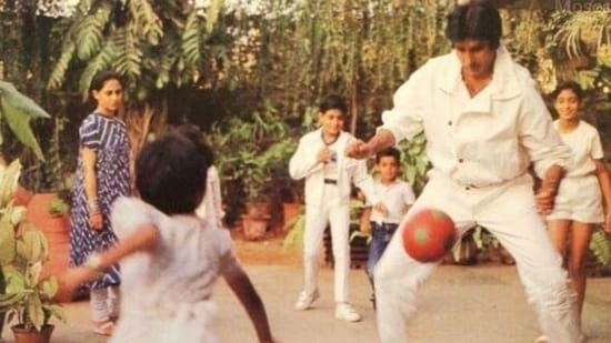 Amitabh Bachchan shared this throwback picture on Sunday.
