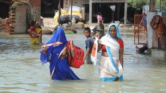 Rapti and Rohini rivers inundated many parts of the district on Wednesday. (HT file photo)