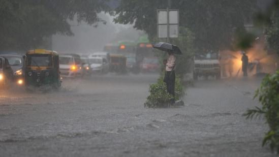 New Delhi, India - Sept. 1, 2021: Waterloggting at Moolchand in New Delhi, India, on Wednesday, September 1, 2021. (Photo by Sanchit Khanna/ Hindustan Times)(Sanchit Khanna/HT PHOTO)