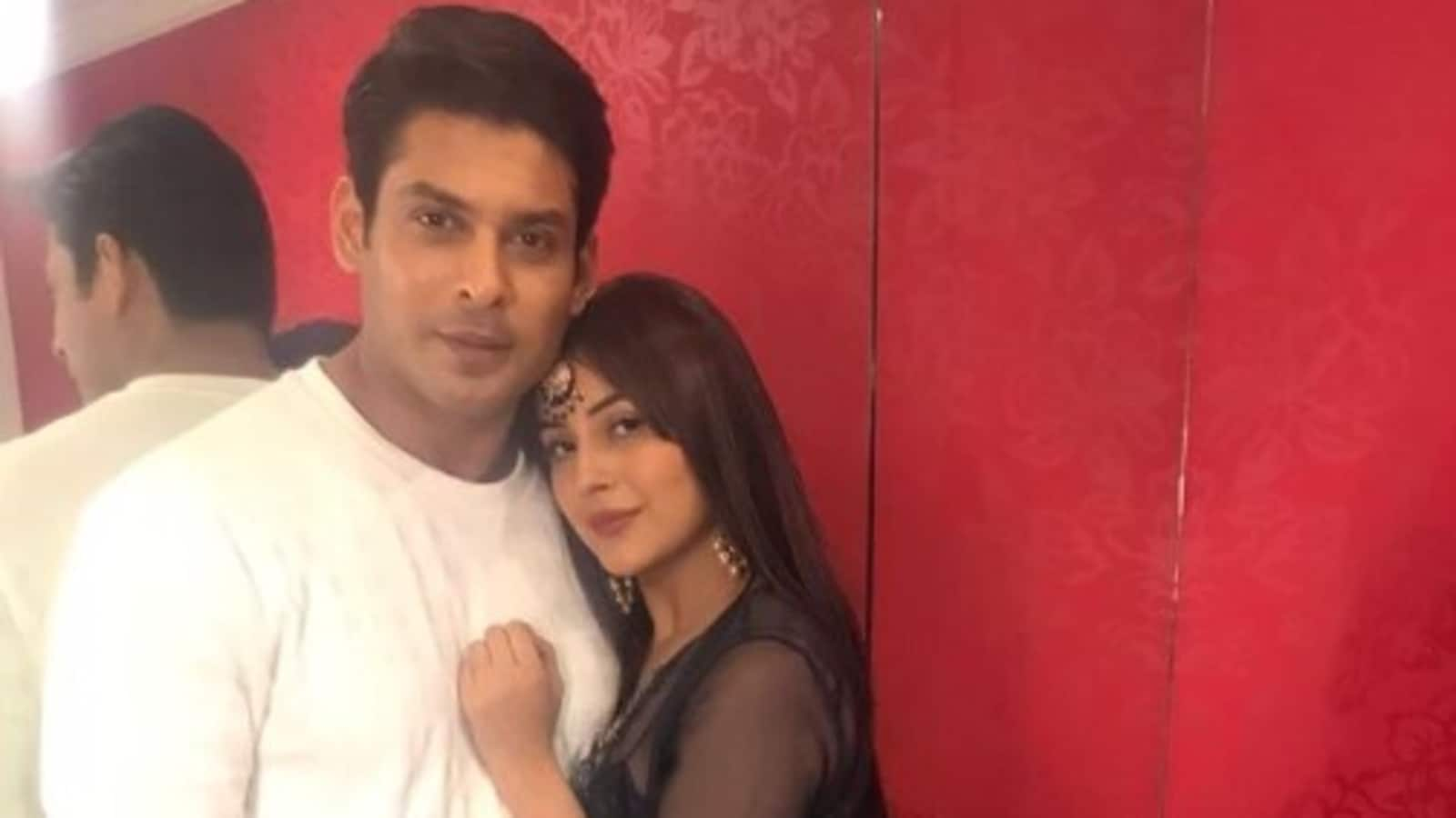 Shehnaaz Gill's father spoke to her after rumoured boyfriend Sidharth Shukla's death: 'She is not fine'