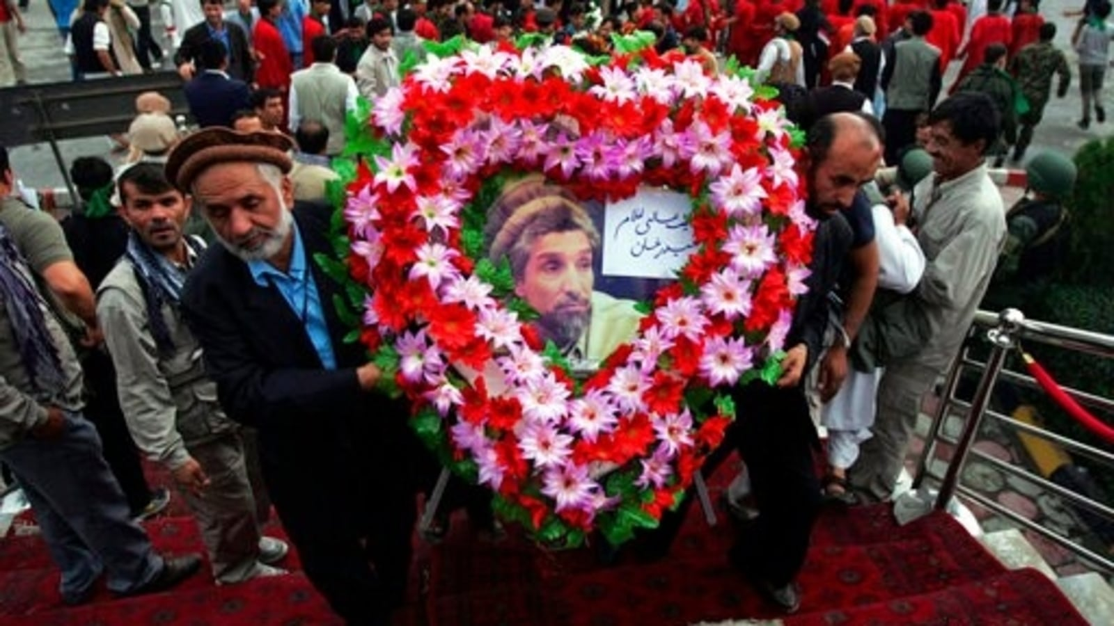 Tajikistan honours Lion of Panjshir Ahmad Shah Massoud after two ...