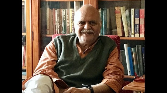 Saleem Kidwai at home in Lucknow. (HT Photo)