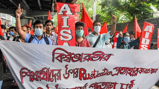 Students of various universities participate in a rally to protest against Vice Chancellor of Visva-Bharati University.(PTI)