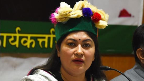 AICC spokesperson Ragini Nayak addressing media in Shimla on Friday. (Deepak Sansta/HT)