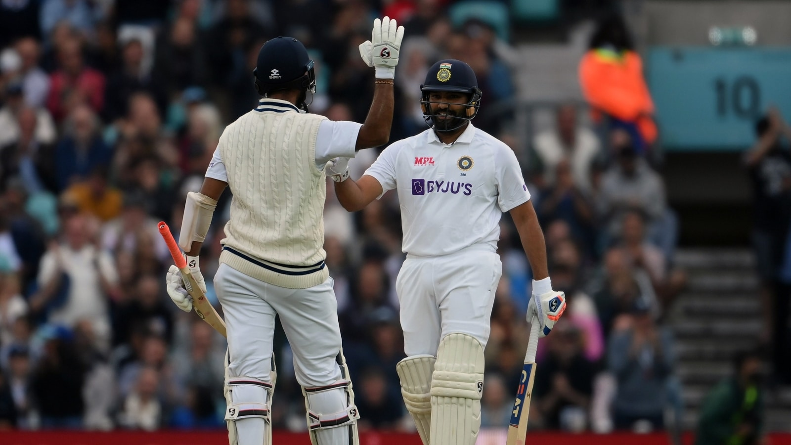 India vs England Highlights, 4th Test, Day 3: Rohit century leads the way as India lead England by 171 runs at stumps