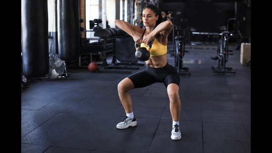 Only few exercises can be used in the GtG mode – primarily bodyweight exercises like pushups, dips and pullups and Kettlebell exercises like Swings, Snatches and Jerks (Shutterstock)