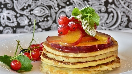 3. Pancakes: Who doesn't like a fluffy and soft pancake? It is a good way to add eggs to your child's breakfast and teamed with peanut or almond butter, it not only adds to the taste of the meal but also its nutitional value.(Pixabay)
